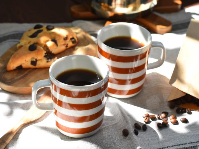農薬や化学肥料を一切使わずに、土中にいる微生物や落ち葉などの腐植物などを活用してつくられるコーヒーのこと。余計なものを使用しないオーガニックコーヒーは、コーヒー本来の味を楽しむことができます。