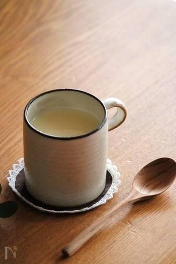 """甘酒や日本酒、焼酎も発酵を経て作られています。栄養価が高く、甘酒は""""飲む点滴""""と言われているほど。"""