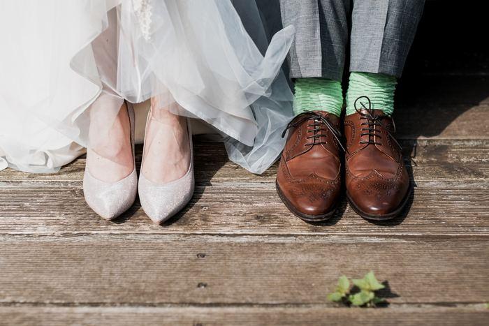 25周年は『銀婚式』、50周年は『金婚式』など、結婚記念日の呼び名は年月が経過するとともに柔らかいものから硬いものへと変わっていきます。まるで、年月とともに強くなっていく夫婦のの絆を表しているかのようです。