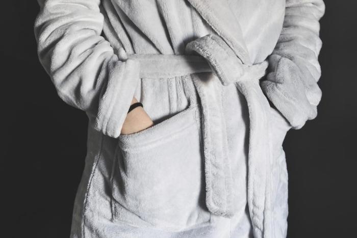 また、身体の芯から温まることができないので、冷えやすくなってしまいます。冷えは女性の大敵です。冷えが進んでしまうことで、体調に支障をきたしてしまいます。できることなら、冷えにくい身体でポカポカと毎日を過ごしたいですよね。