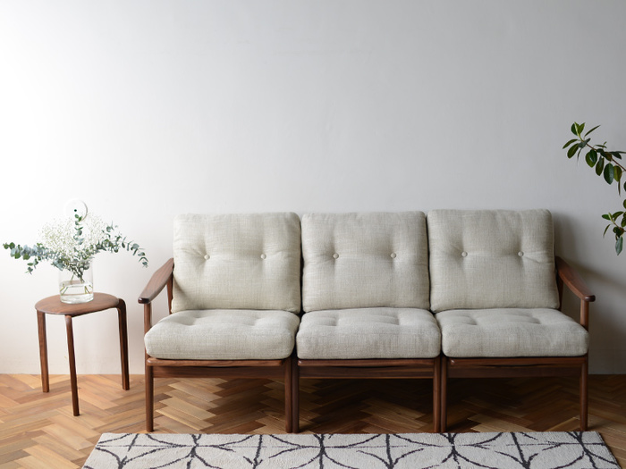 大型家具は、いずれも実際に使ってみることが失敗しないコツです。デザインや機能性だけではなく、暮らしに取り入れたときのイメージも膨らませて選びたいですね。あなたの理想の家具が見つかりますように。