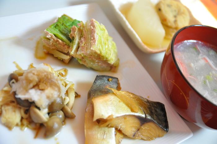 魚本来のおいしさに味噌のコクが加わることで、ワンランク上のおいしさに仕上がります♪魚と味噌、ダブルで栄養がとれるのも嬉しいですね。メインのおかずはもちろん、ちょっと物足りないときのサブおかずとしてもぜひ活用してみてください♪