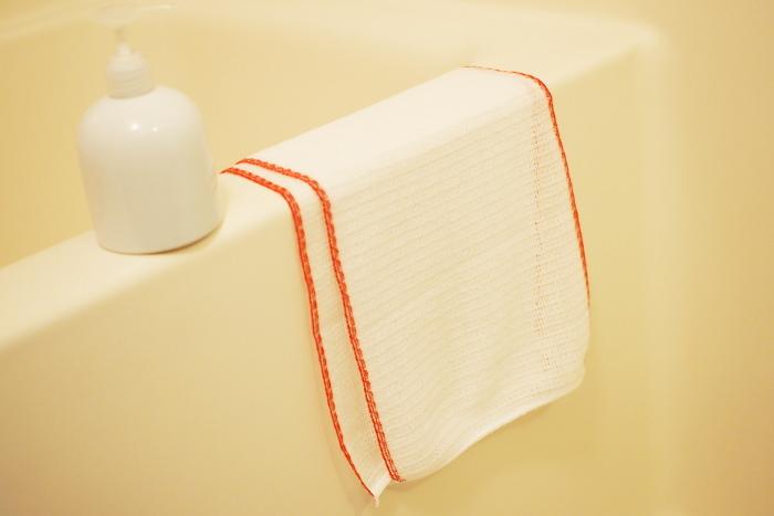 とうもろこし繊維と、綿で作られているため、泡立ちもきめ細かくフワフワ♪、敏感肌の方や、小さなお子様など、ソフトな肌触りで安心して使えます。