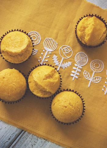 こちらは、黄色のパプリカを使ったベジタブル蒸しケーキ。メイプルシロップでやさしい甘さを加えて、ほっと癒される味わいです。