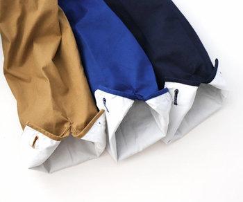 薄手ながらもハリがあるコットンホースクロス(馬布)を使用してるため、丈夫で長く使える一枚です。裏地がさわやかな白なので、袖をロールアップしてちらりと見せたいですね。