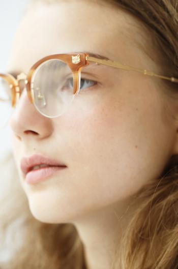 メガネという一言で語りつくせないほど、たくさんの想いがつまった「kikiki optique」のジュエリーなメガネ。  ぜひイベント情報をチェックして、一度手にとって、着飾ってみて下さい。きっと新しい世界が広がります。