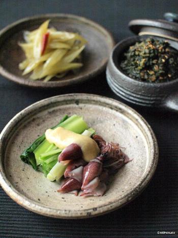 春の旬の物を合わせた、蛍烏賊とうるいの酢味噌がけ。さっぱりとした味わいがくせになります♪