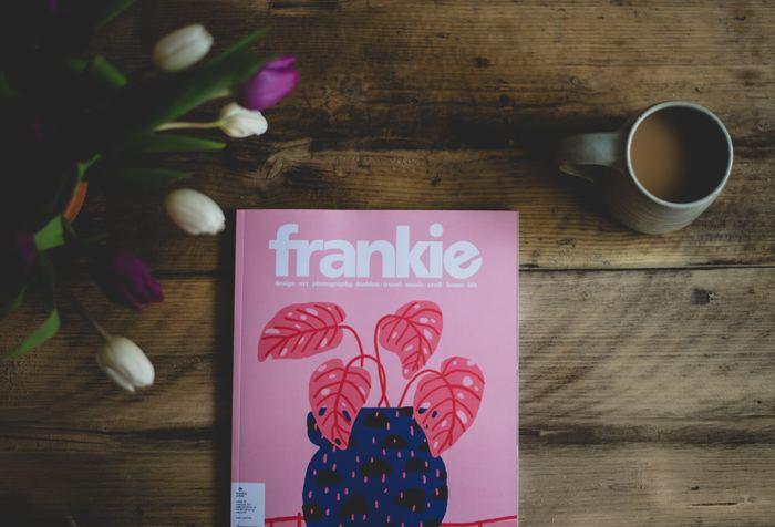 オーストラリアのおしゃれなカルチャー誌「frankie(フランキー)」は、女の子やお花がたくさん使われていて、アートブックのように可愛い雑誌です。時にはキュートに、時にはユーモアたっぷりに、雑誌そのものがまるでアートのようです。