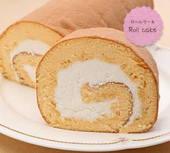 こちらもふわっふわの生地がたまらないロールケーキ。 お父さんが家族への手土産にしたくなるであろうシンプルでありながら食べ応えのあるお品。