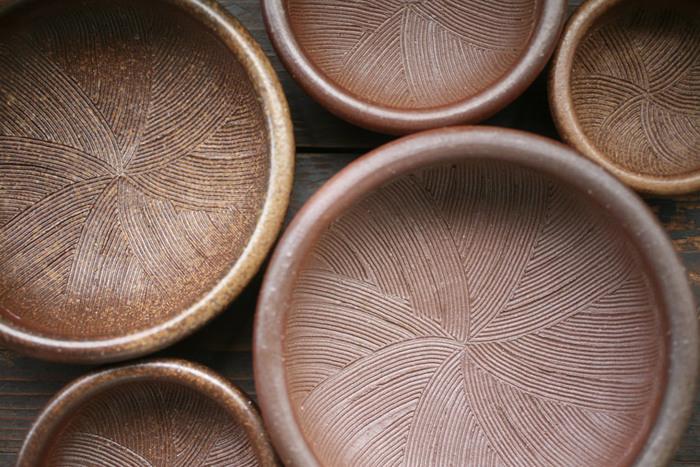 日本六古窯の一つとして知られており、千年もの歴史を誇る備前焼で作られた「一陽窯」のすり鉢。