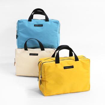 収納に便利な「バッグインバッグ」や「ポーチ」を活用すれば、バッグの中を綺麗に整理整頓できますよ◎。 今回は新生活が始まるこの時季にこそぜひ参考にしたい、《バッグインバッグ&ポーチ》の活用術をご紹介します。