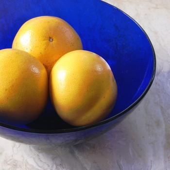 爽やかでフレッシュな甘酸っぱさを持つグレープフルーツの香りは、なんだか疲れが取れないと感じているときにおすすめ。気分がパッと前向きに!