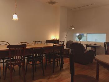 素敵な椅子やテーブルが並ぶ、大人の空間。仙台のカフェの中でも先駆けともいえる、おしゃれなカフェですが、実はご飯もとってもおいしいんですよ。