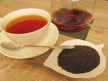 セイロンティーの名前となってる物もあります。市販のブレンドティーのベースとなっている事も多く、あっさりしていて馴染みがある味わいの紅茶です。