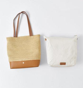 バッグの内側にはキャンバス素材のライナーがスナップボタンで取り付けられていて、外すとポーチとしても使えます。天然の防水性があるラフィアは、長く愛用するほどに艶が出て風合いが増す素材。柔らかい手触りと軽さも女性には嬉しいポイントです。