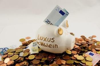 もう少しお金が必要? かなえたい目的のある貯金ならサクサク貯まりますよ!