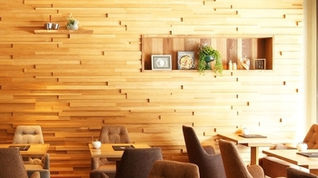 系列店である「ホシヤマ珈琲」の自家焙煎の珈琲をいただきながら、広々と明るい店内でゆっくり過ごしてみませんか?