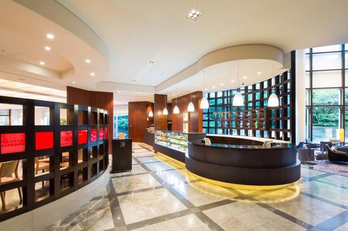 渋谷のセルリアンタワー東急ホテルの1階にあるレストラン・かるめらでは、宿泊客以外でも朝食ブッフェをいただくことができます。たっぷり日差しが差し込むフロアで、優雅な朝の時間を過ごしてみませんか?