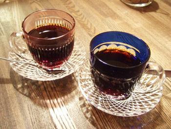 お店の名前が使われている「すみだブレンド」は、とっても素敵な江戸切子のカップでいただけます。豆は中南米のグァテマラとコロンビア産のものを使用。それぞれの良さを生かすため、別々に焙煎されています。浅煎り、やや深煎り、深煎りから選んで召し上がれ♪