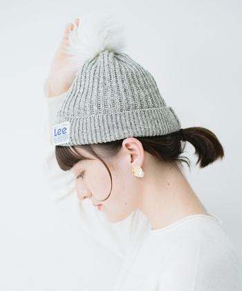 ニット帽は編地や糸、素材によって伸び縮みします。素材の特質を把握しないと失敗するのでクリーニング店に相談するとよいでしょう。