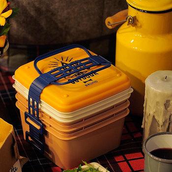 こちらのランチボックスは、使い終わったら一つにまとめて持ち帰ることができます。ピクニックだけでなく、荷物が多くなりがちな運動会などにもぴったりですね♪