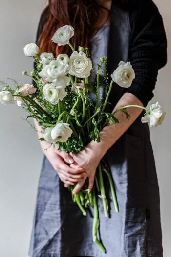 寒さから解放され、可憐な花々が目を楽しませてくれる春。春は喜びとともに、新しく何かが始まるようなワクワクした気持ちにさせてくれますね。