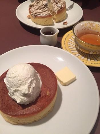生地の仕込みから焼き上げまですべて手作りのこだわりのホットケーキ。季節を感じさせるホットケーキの種類もたくさん。フライングスコッツマン東京・秋葉原店も2015年5月にオープンし、東京でも美味しいホットケーキを食べることができるようになりました!