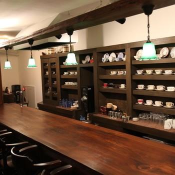 こちらのお店は好きなカップでコーヒーを淹れてくれます。その日の気分に合わせて選んでみてはいかがでしょうか?