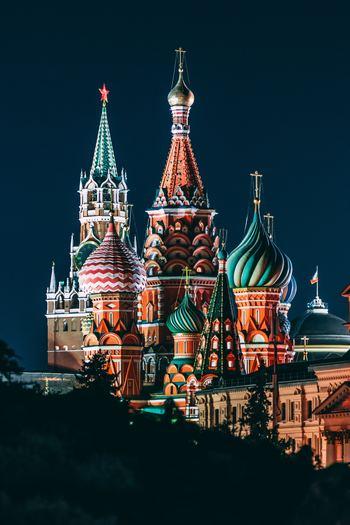 おつまみにも◎なパンケーキ。ロシア料理「ブリニ」をみんなで楽しもう♪