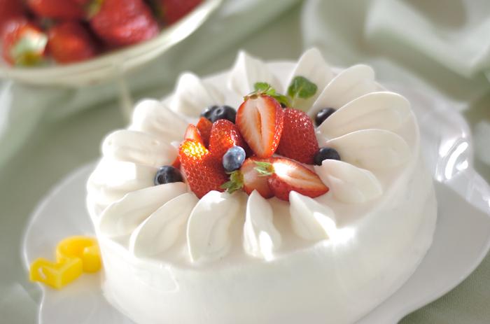ヨーロッパではグラニュー糖の方が一般的なため、洋菓子のレシピの多くはグラニュー糖を指定している物が多くあります。上白糖では若干仕上がりが違う事もあるので、特に繊細なレシピの場合は指定どおりグラニュー糖を使う事をおすすめします。