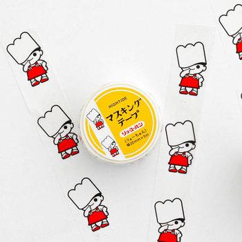 西日本ではお馴染みの製パンメーカー「リョーユーパン」とのコラボ企画。一定間隔で並んだマスコットキャラクター「リョーちゃん」がレトロでかわいい!