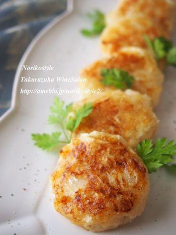 こんな食べ方も!と驚くレシピ。筍をすりおろして作るお団子です。おやつにも喜ばれそう♪