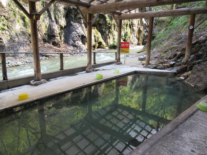 一番奥にある「大湯」です。大湯とは温泉を代表する浴場のことを言うそうです。