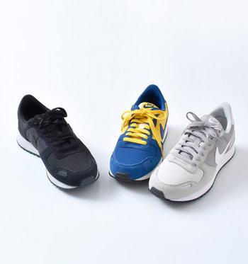 社員の一人ジェフ・ジョンソンが夢で見た、ギリシャ神話の勝利の女神Nike(ニケ)から社名がつけられたブランド「ナイキ」。機能性、ファッション性にも優れたスニーカーが多く開発され、スポーツ選手やファッション業界からの支持も絶大です。