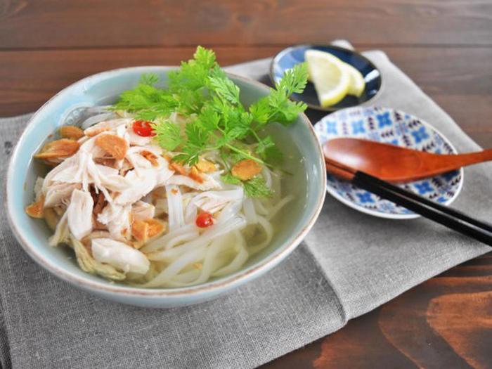 簡単にできる春雨スープは朝ごはんやお弁当に、ボリューミーなフォーはランチやディナーに。好きなタイミングでぴったりのレシピを選んでみてくださいね。中華やエスニックだけでなく、和風にもアレンジできますし、苦手なものは上手にほかの食材でカバーしてみましょう。