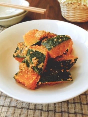 かぼちゃの煮物と違い、ごま和えなら置き時間が無くても美味しいおかずになります。ごまが調味料を吸ってくれるので、お弁当にもおすすめです!