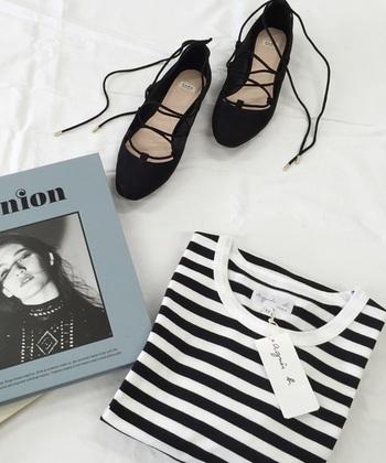はじめにご紹介するのは、シックで洗練されたスタイルを提案するフランスのファッションブランド「agnes b.(アニエス ベー)」。レディース・メンズ・子供服など幅広いアイテムを展開し、シンプルでベーシックなデザインが世界中で愛されています。