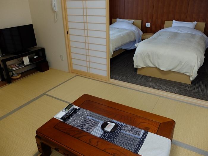 お部屋のタイプは和室が6部屋、和洋室が4部屋あります。清潔感のあるシンプルな雰囲気で落ち着きます。