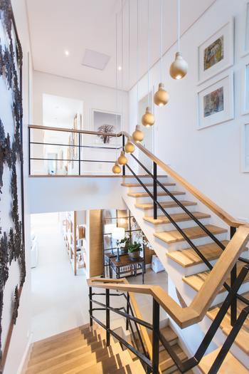 さらに見どころとなるのがダスティン・ホフマン演じるインテリアデザイナーのジョンが住む家のインテリアが、50年前のものとは思えないほど洗練されていてとても素敵だということ!※写真はイメージです