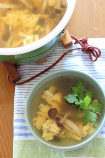 同じく、ちょい干ししたしめじで作る卵スープ。めんつゆと、とろろ昆布でシンプルな味付けですが、ちょい干しで旨味がアップしたしめじを使うのでいつもより味わい深い仕上がりに。