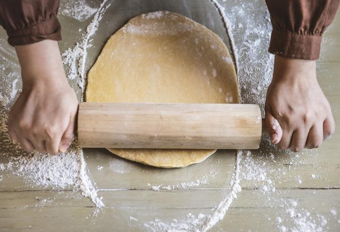 オーブンなしでOK!初心者さんも挑戦しやすい《簡単パンレシピ》集めました♪