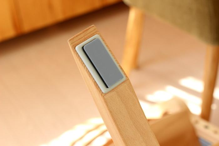 形も四角、丸、長方形と、サイズ展開も豊富なので、おうちの机やチェアの脚にも合うタイプを見つけられそう…。また、柔らか素材で出来ているのでハサミで簡単にカットできるというのも嬉しいポイント!