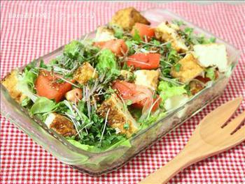 ダイエット中でもモリモリ食べられる「厚揚げと彩り野菜のサラダ 」は食べ応えも栄養もバッチリ!