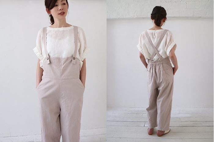 ごくナチュラルな綿麻生地のサロペットは、フロントのボタンが愛らしい雰囲気。ボーイッシュになりがちなアイテムも、グレージュカラーを選べば、優しく女性らしい着こなしに。白いブラウスを合わせて、暑い季節でも涼しげに着られそうです。