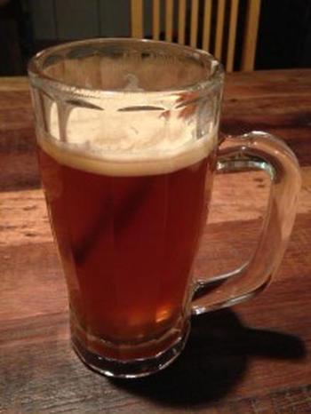 子供でも飲めることから、作中のバタービールにはアルコールは入っていないのだそう。  たくさんのレシピがありますが、こちらのレシピは、ノンアルコールビールを使った飲みやすいバージョン。芯から温まります。