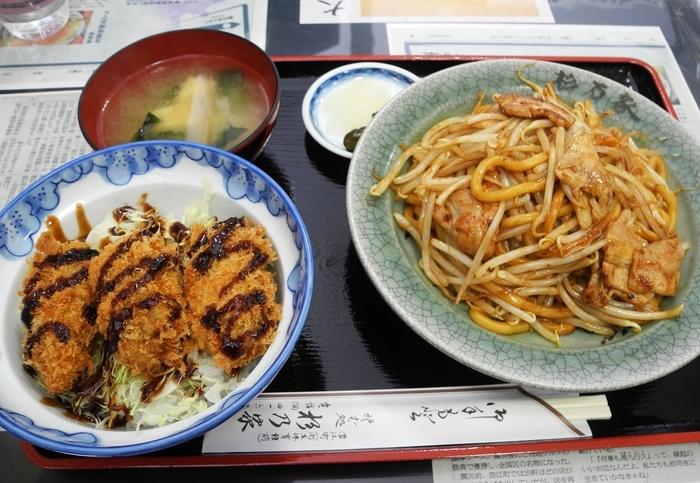 こちらの「杉乃家」も40年以上前から浪江町で焼きそばを作っていましたが、東日本大震災影響で二本松へ避難し、そこでお店を再開しました。香ばしいソースの香りとモチモチの麺が食欲をそそります。浪江当時からのファンも通う人気の味を楽しんでみませんか?