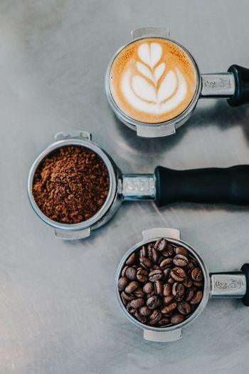 毎日の生活に句読点を打つように、ホッと心ほどける一息を与えてくれるコーヒー。そのおいしさを知るにつれ、コーヒーに拘りをもつカフェを開拓してみたり、家庭で豆を挽き、丁寧にドリップしたり・・・味はもちろん、風味や香りも追求したくなるものです。  さて、そんなコーヒーフリークさんなら、きっとうなずいていただけるはず。仕事中にも、本格的なコーヒーを味わいたいのではないでしょうか*