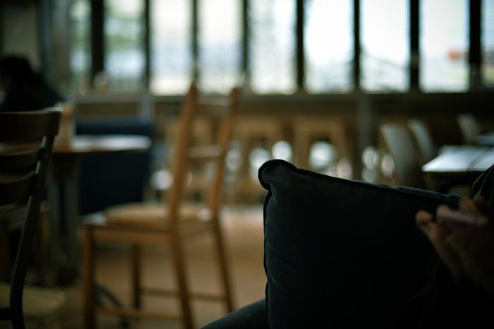写真のテーマとしてもっとも身近なものがカフェ。インテリアの素敵なカフェをチェックして、室内の様子を撮影しつつ、お茶の時間を楽しんでみましょう。カフェの店内で撮影するときは、お店の人に一声かけるのがマナーです。