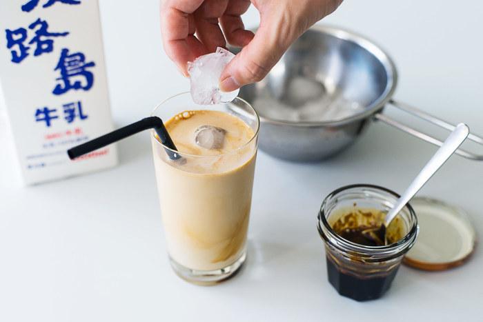 もっとこだわりたい方には、カフェオレベースを手作りしてしまうという方法も。実はとっても手軽に作れるんですよ。