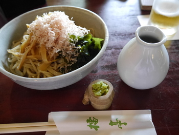 """そこで""""鎌倉""""ならではの雰囲気も味わえるようなお食事・お茶を愉しめるお店をご紹介します。"""